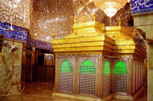 مشخصات و تاریخچه مرقد امام حسین (ع)
